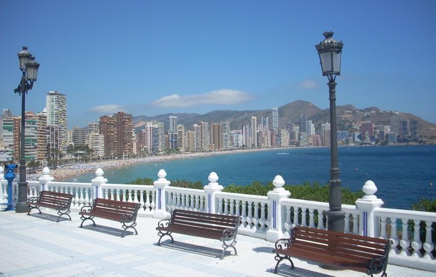 When your holiday in Benidorm starts off with views like this, you know you're going to have a great one!